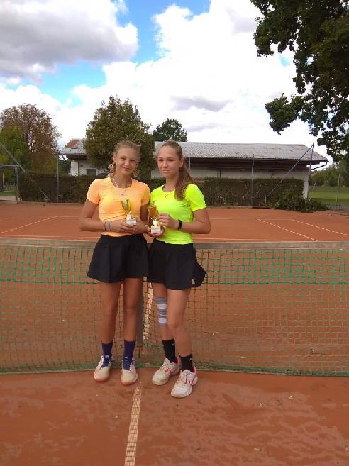 B.Sedláková zlatá ve čtyřhře v Břeclavi 2019