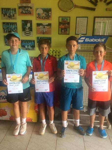 Finalisté čtyřhry st.žáků