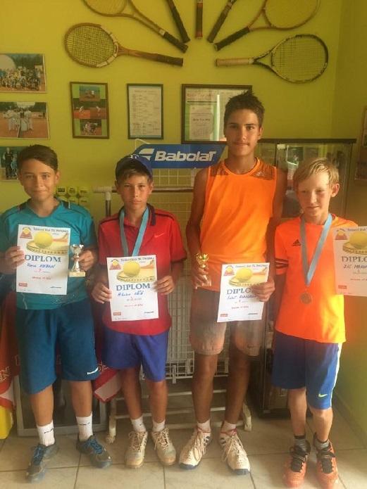 Semifinalisté turnaje st.žáků